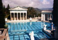 Hearst_Castle_pool